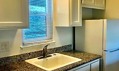 Kitchen, 944 Fletcher Ln, 0