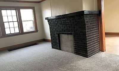 Living Room, 221 S 12th St, 1