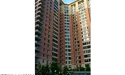 Building, 851 N Glebe Rd 704, 0