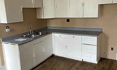 Kitchen, 1039 1/2 Lynn St, 0