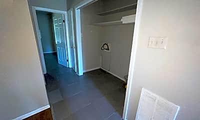 Kitchen, 1407 W Long 17th St, 2
