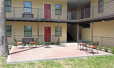 Courtyard, Residences at Uptown, 2