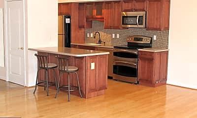 Kitchen, 1211 S Eads St 704, 1