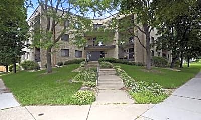 Building, 4644 Cedar Ave S, 2