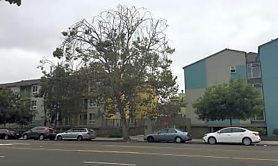 Keller Plaza, 0