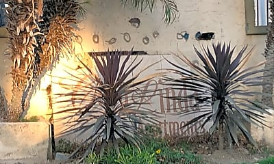 Casa Linda Apartments, 1