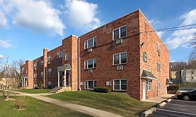 Building, Bradfield Court Apartments, 0