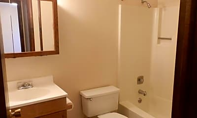 Bathroom, 504 S 20th Ave, 2