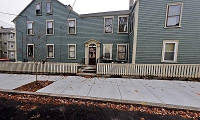 Building, 557 Walnut St, 2