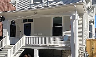 Building, 240 Marengo Ave, 2