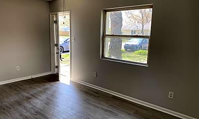 Living Room, 2753 Henry St, 0