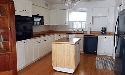 Kitchen, 1108 SW 24th Ave, 1
