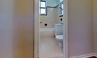 Bathroom, 63-94 Austin St, 1