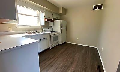 Kitchen, 821 W 8th St, 1