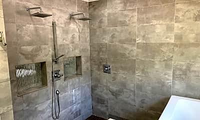 Bathroom, 422 Alamance Rd, 1