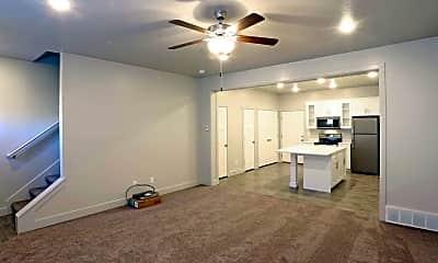 Living Room, Greyhawk Townhomes, 1
