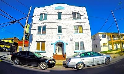 Building, 127 SW 16th Ave, 0