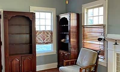 Living Room, 907 Somerset Dr, 1
