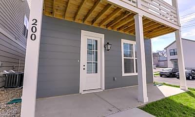 Patio / Deck, 647 Vernon Ave, 1