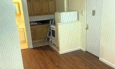 Kitchen, 88 E 111th St, 1