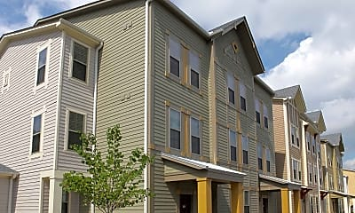 Building, The Townhomes At Newtown Crossing, 0