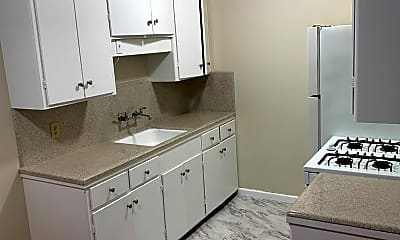 Kitchen, 418 Roosevelt Ave, 0
