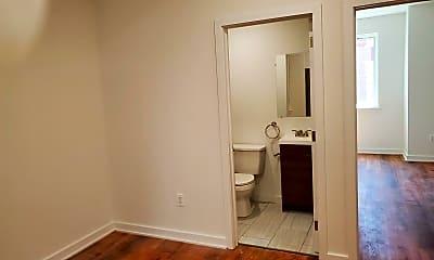Bathroom, 1834 N Bouvier St, 2