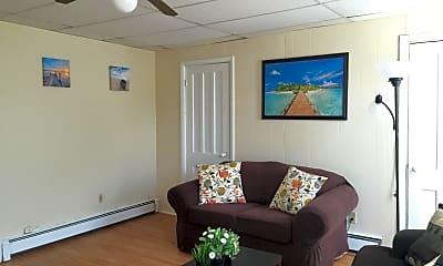 Living Room, 97 14th St, 1
