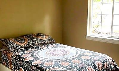Bedroom, 106 Grandview Ct, 2