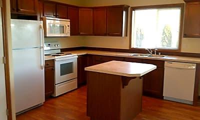 Kitchen, 616 Riverview Rd, 1