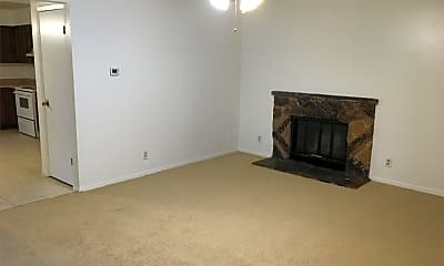 Living Room, 2433 Lakeshore Dr, 0