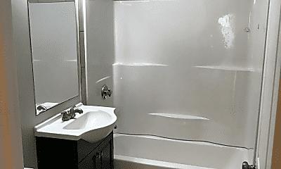 Bathroom, 190 Washington St, 2