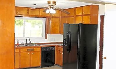 Kitchen, 613 Sunset Blvd, 2