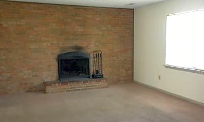 Living Room, 4812 E Schooner Rd, 1