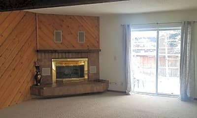 Living Room, 2653 Juniper Ave, 0