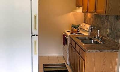 Kitchen, 5456 Eastgate Dr, 1