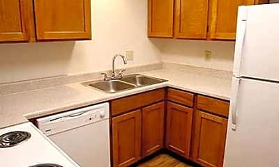 Kitchen, 4031 N Star Dr, 1