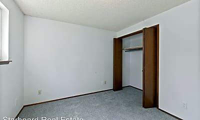 Bedroom, 9020 Pipeline Rd E, 2