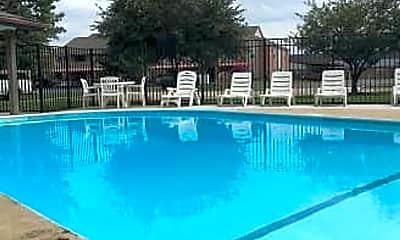 Pool, 1260 E Guinevere St, 1