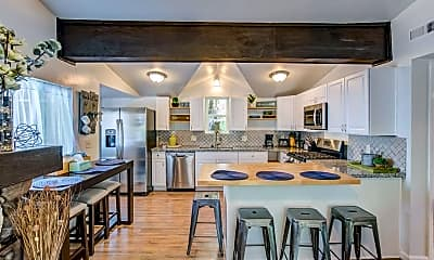 Kitchen, 2018 Oak Way, 1