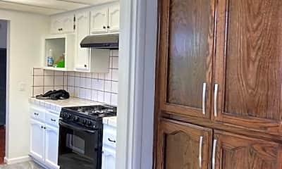Kitchen, 4740 166th St, 2
