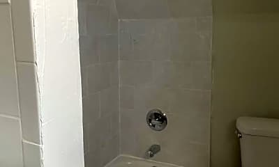 Bathroom, 291 Halsted St, 2