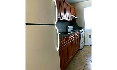 Kitchen, 476 Howard Ave, 0
