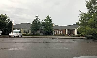 Colonial Manor, 0