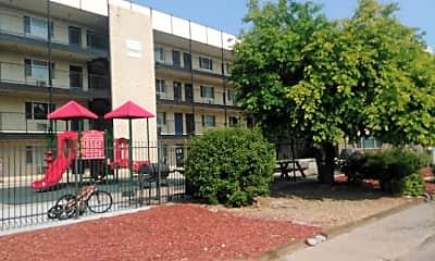 Greenleaf Apartments, 2
