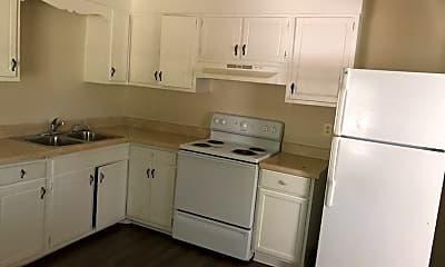 Kitchen, 1507 Graves Ave, 1