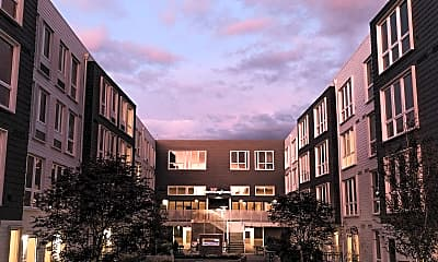 Meetinghouse Apartments, 1