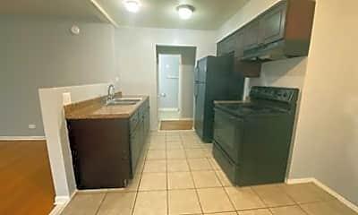 Kitchen, 8023 S Ellis Ave, 1
