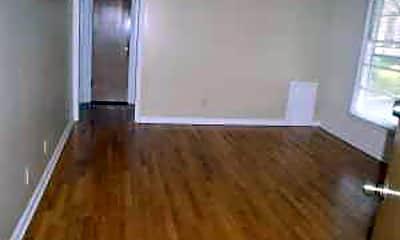 Bedroom, 4702 Cass St, 2