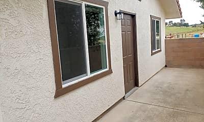 Building, 6110 Vista Serrano Way, 1